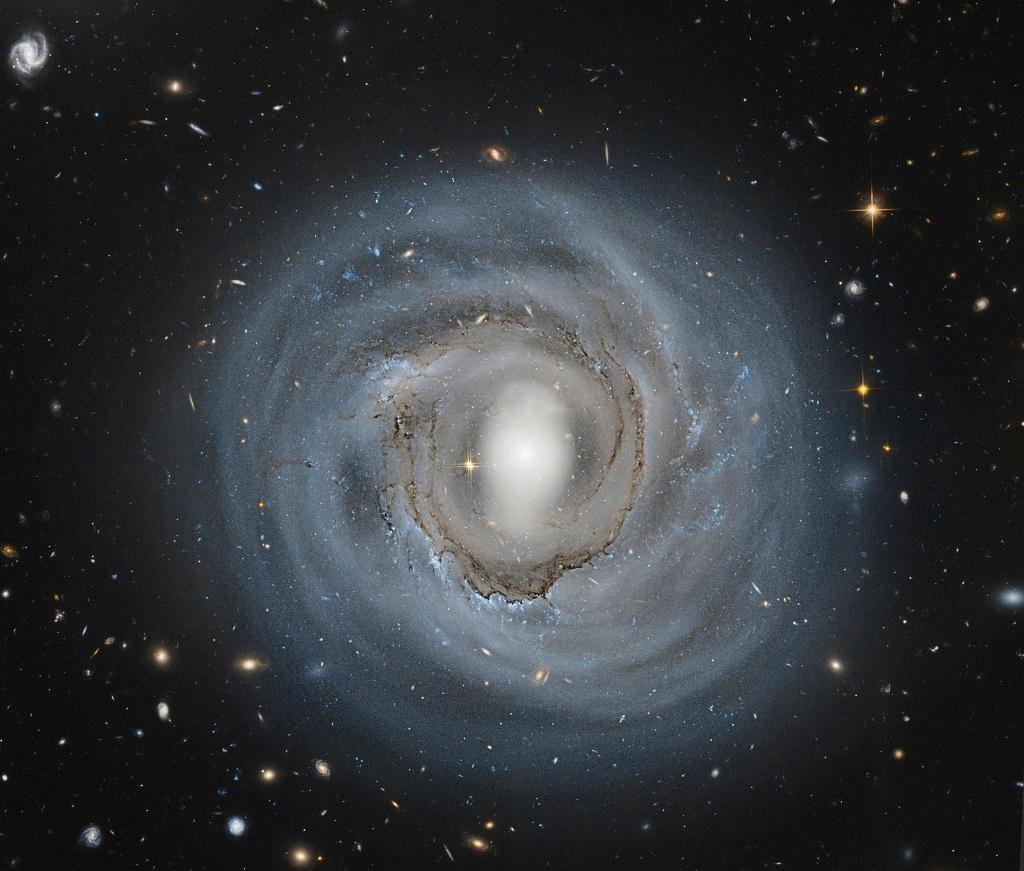 NGC-4921